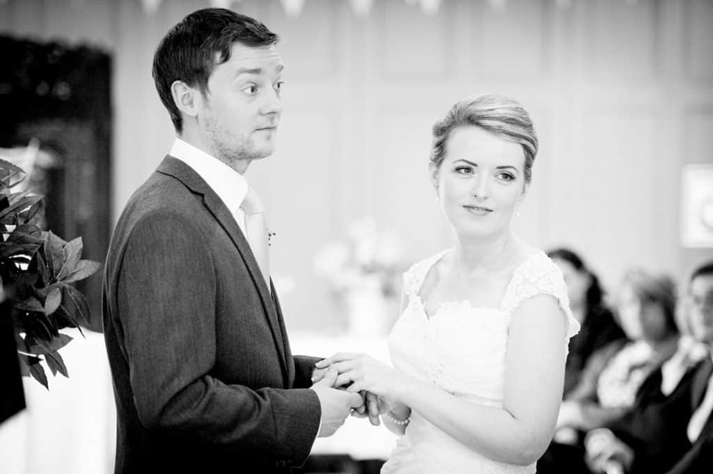 Vale-of-Belvoir-wedding-photographer0024