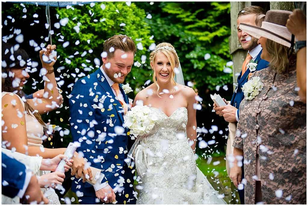 Wedding confetti throw