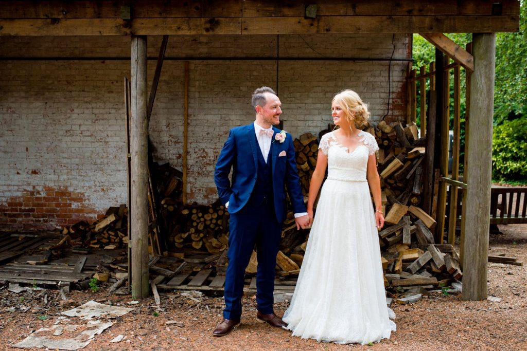 Alternative Bride and groom portrait sesson
